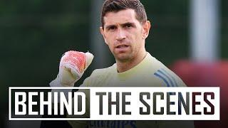 WHAT A SAVE FROM MARTINEZ!   Behind the scenes at Arsenal training centre