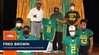 'I just wanted to do something special for my community': Fred Brown donates jerseys to high school