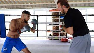 WOW! THE FUTURE OF BOXING? - BEN DAVISON'S NEW ADDITION (SHABAZ MASOUD) LIGHTS UP THE PADS IN SPAIN