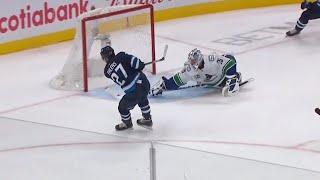 Ehlers Bangs Home Second Chance Rebound Past Markstrom