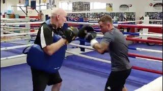 BLOWING THE COBWEBS OFF! - CARL FRAMPTON HITS THE PADS AS HE NEARS POTENTIAL DATE WITH JAMEL HERRING
