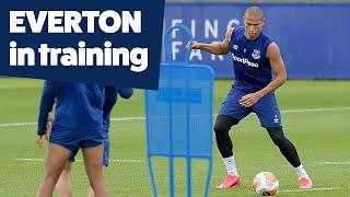 FINISHING AND SMALL-SIDED GAMES AS MERSEYSIDE DERBY PREP BEGINS! | EVERTON IN TRAINING