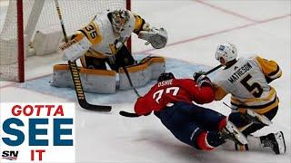 Gotta See It: TJ Oshie Scores With One Hand While Diving To The Ice