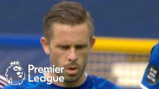 Gylfi Sigurdsson penalty puts Everton 2-0 up against Leicester City | Premier League | NBC Sports