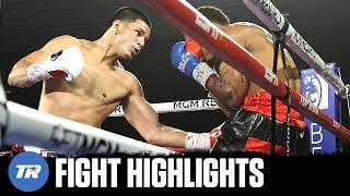 Edgar Berlanga makes it 14 fights, 14 1st round knockouts, destroying Eric Moon in 62 seconds