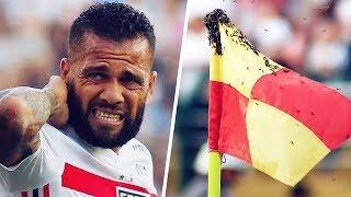 6 football stars who were attacked by animals | Oh My Goal