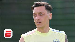 Arsenal want Ozil OUT! But you can't shift a player that wants to stay - James Olley | ESPN FC